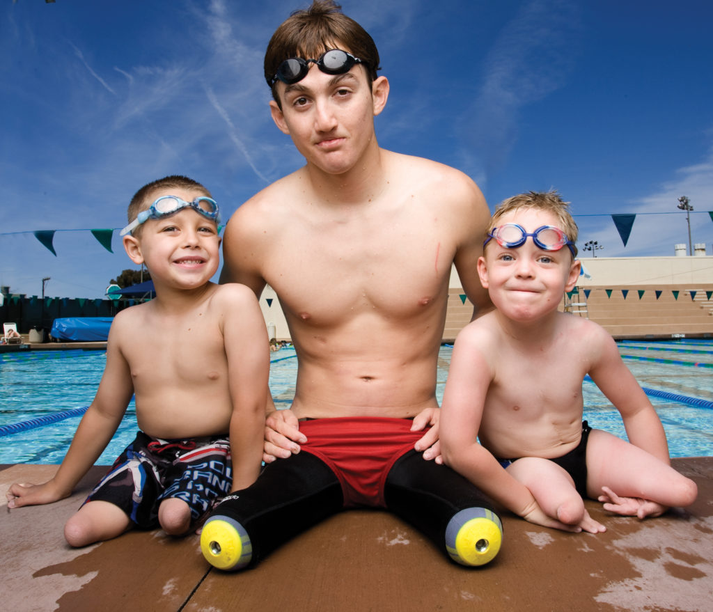rudy_and kids by the pool