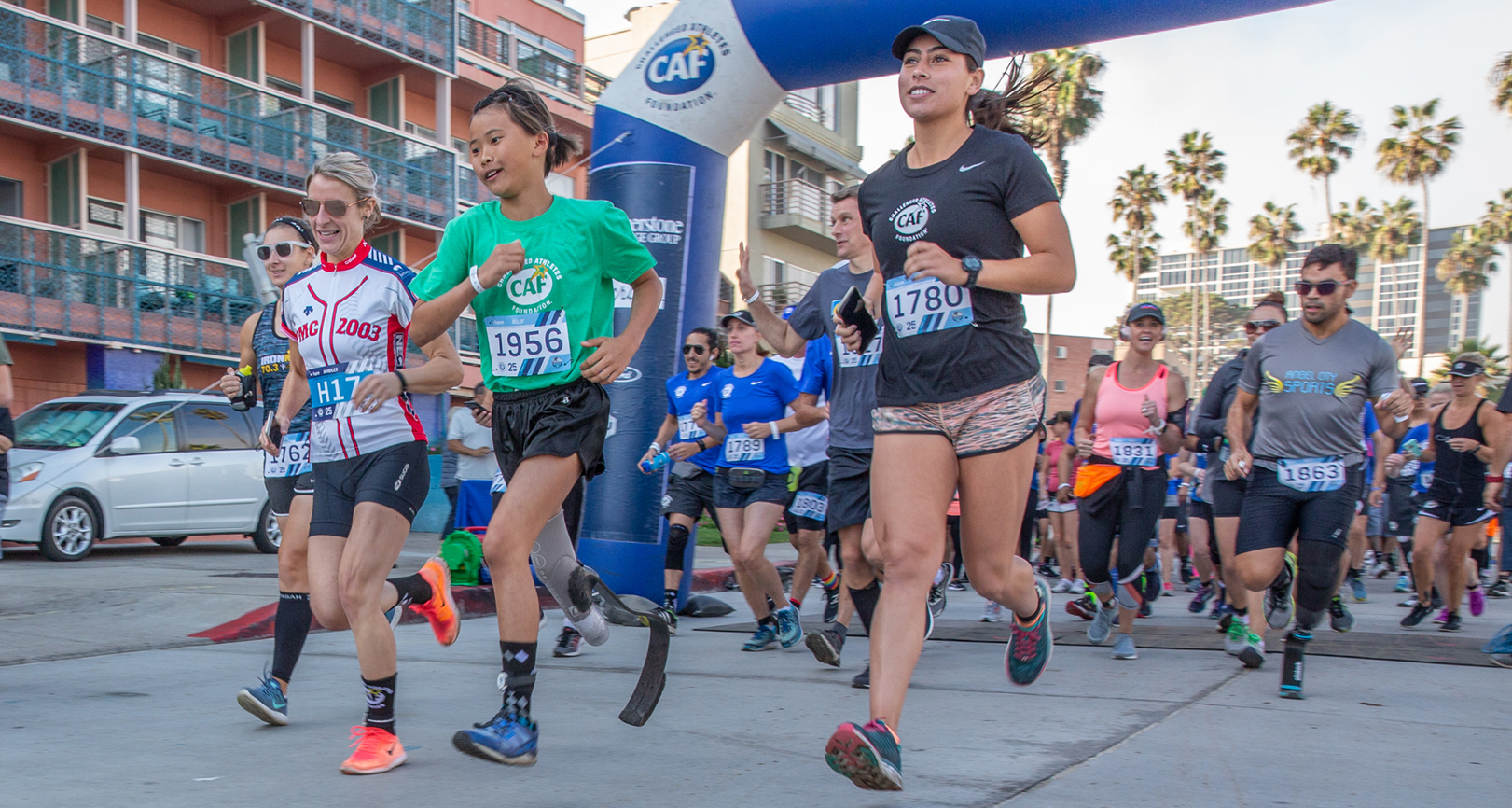 Runners at the 2018 San Diego Triathlon Challenge